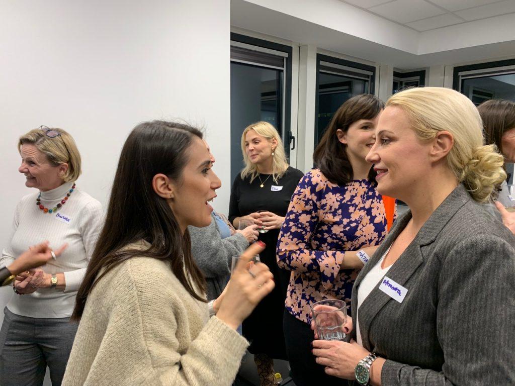 Women speed networking